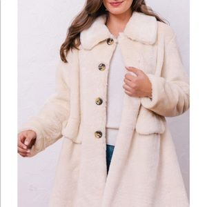 Gal Meets Glam Collection Paulina Coat